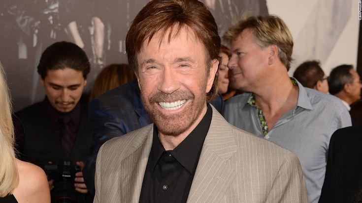 ¡Feliz 75 cumpleaños, Chuck Norris! Había una calle con el nombre de Chuck Norris, pero tuvieron que cambiárselo porque nadie sobrevive cuando se cruza a Chuck Norris. - See more at: http://multienlaces.com/feliz-75-cumplea%c3%b1os-chuck-norris/#sthash.3Pi2mNsl.dpuf