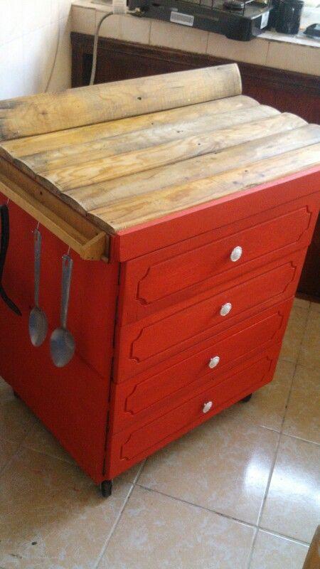 Mueble de cocina de material reciclado