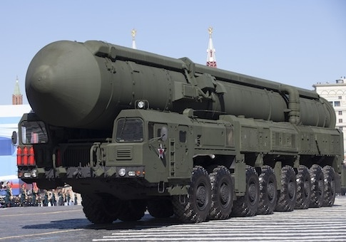 Russian Topol-M missile / AP: Pentagon plans to share missile secrets with Russia opposed by Republicans