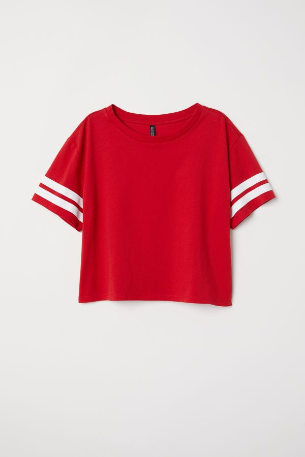 4f900c1bac7 Short T-shirt | Red | WOMEN | H&M US | Concerts/Events in 2019 ...