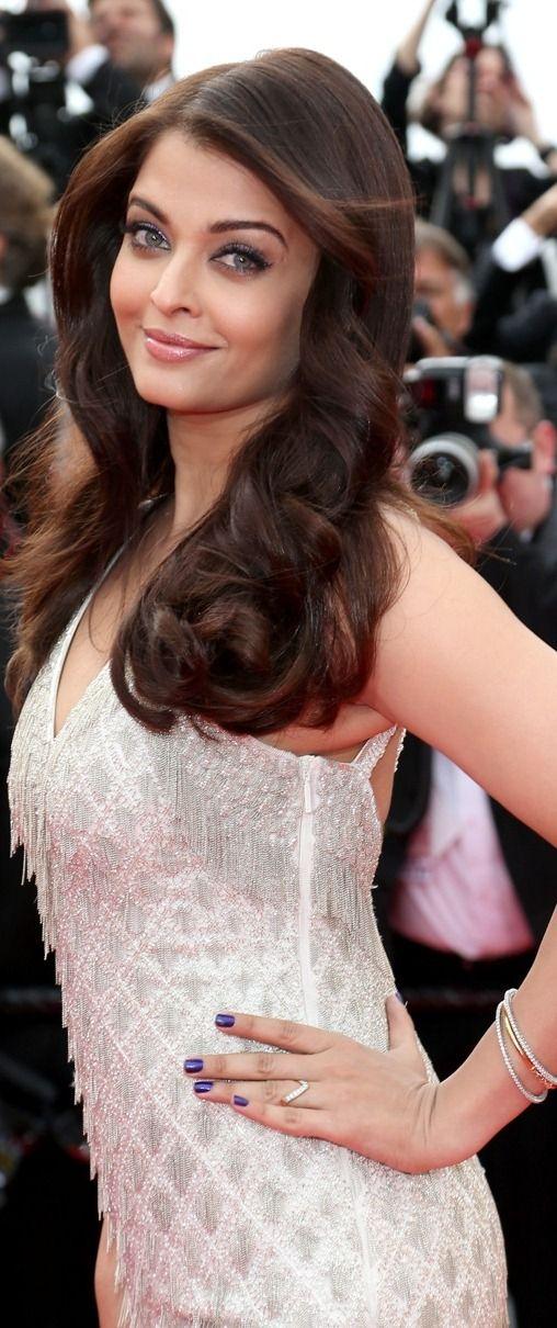 Aishwarya Rai Bachchan at the 67th edition Cannes Film Festival 2014 (Red Carpet) #AishwaryaRai #Cannes #RedCarpet