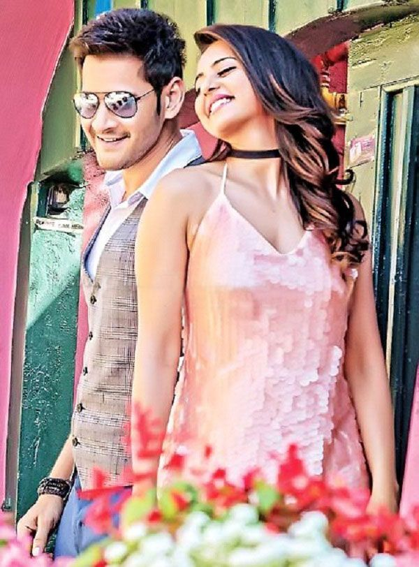 This new still of Mahesh Babu and Rakul Preet Singh from SPYDER is the perfect tease before the grand pre-release event tomorrow #FansnStars