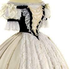 """Résultat de recherche d'images pour """"robes de couronnement"""" Sissi"""