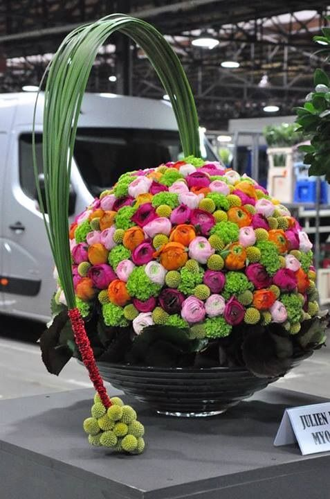 Interesting floral architecture... what do you think?