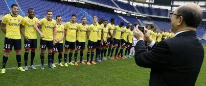 La première photo de famille du FC Sochaux sans PSA s'est déroulée hier au sein de Bonal. En présence de M. Li. Ambiance et bonne humeur de mise. Même ...