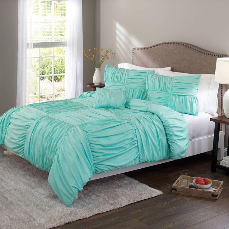 les 25 meilleures id es de la cat gorie couvre lit turquoise sur pinterest chambres chics. Black Bedroom Furniture Sets. Home Design Ideas