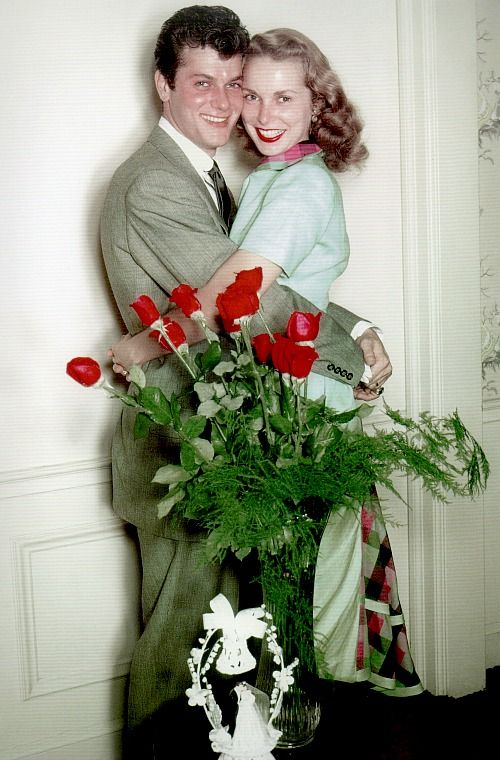 Tony Curtis married Janet Leigh, June 4th, 1951.Classic Hollywood Stars Vintage Style