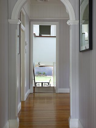 Renovation tips for Queenslanders LOVEing grey and white on white with white