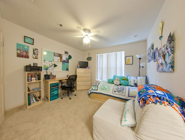 Private Bath Singles | Windsor Hall Next to UF Sorority Row| Rates, Photos, Layouts, Virtual Tours