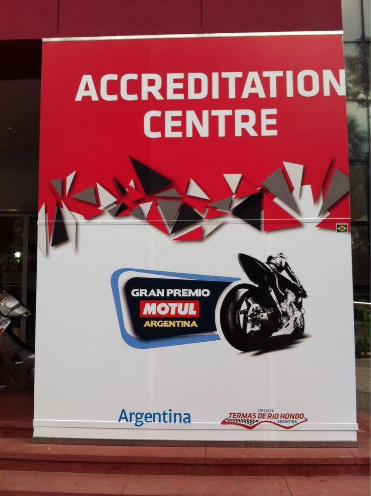 MotoGP | Argentina | Day 1.  Recién arribados a Termas. Hoy nos espera una larga jornada y un clima quiere ser protagonista... ¿Lloverá?  ¡Por la primera jornada!  #MotociclismoPro #MotoGPBuzz #ArgentinaGP