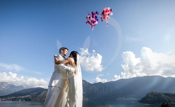 Let's fly our best wishes for the new couple in town with this balloon...