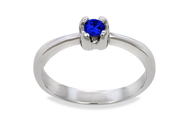 Isabella in silver with a Sapphire