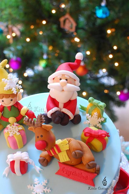 Santa is coming to town!!! by Little Cottage Cupcakes, via Flickr