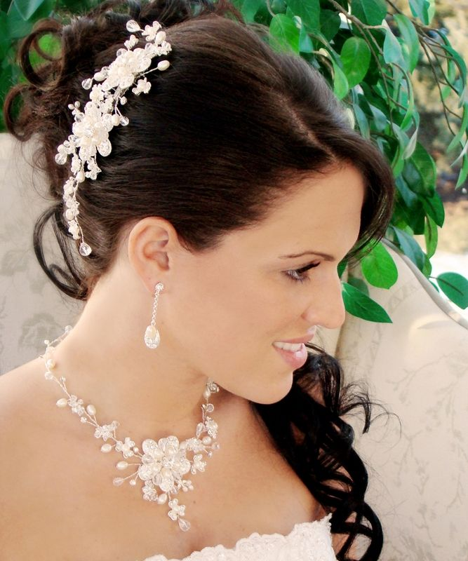 Freshwater Pearl and Crystal Wedding Comb and Jewelry Set - Affordable Elegance Bridal -