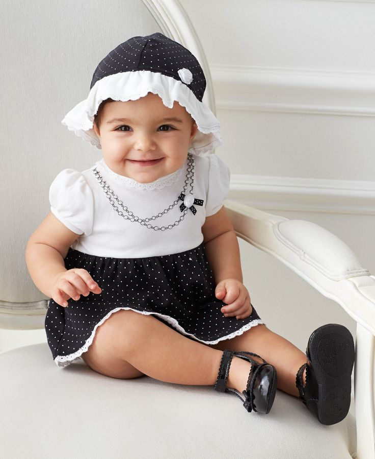 Vestidos negro con blanco para ninas