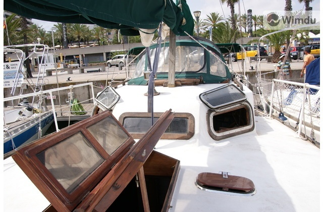 Because you can have a nice trip in a small boat and use it to sleep with wimdu.com #whybarcelona (from £67/night)
