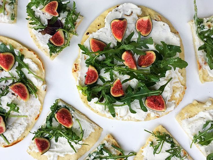 Fig and Cream Cheese Flatbread with Rocket #recipe #healthy