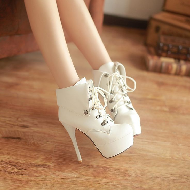 2013 New Sexy Vintage High Heels Shoes For Women Big Size Black Platform Pumps Shoes For Lady Round Toe Women Fashion Pump Shoes $48.66