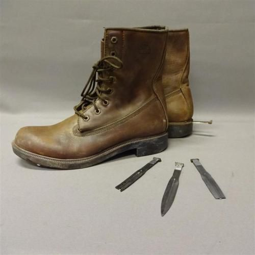 DEFIANCE-RAFE-MCCAWLEY-GRAHAM-GREENE-SCREEN-USED-BOOTS-KNIFE-SET-MULT-EPISODES