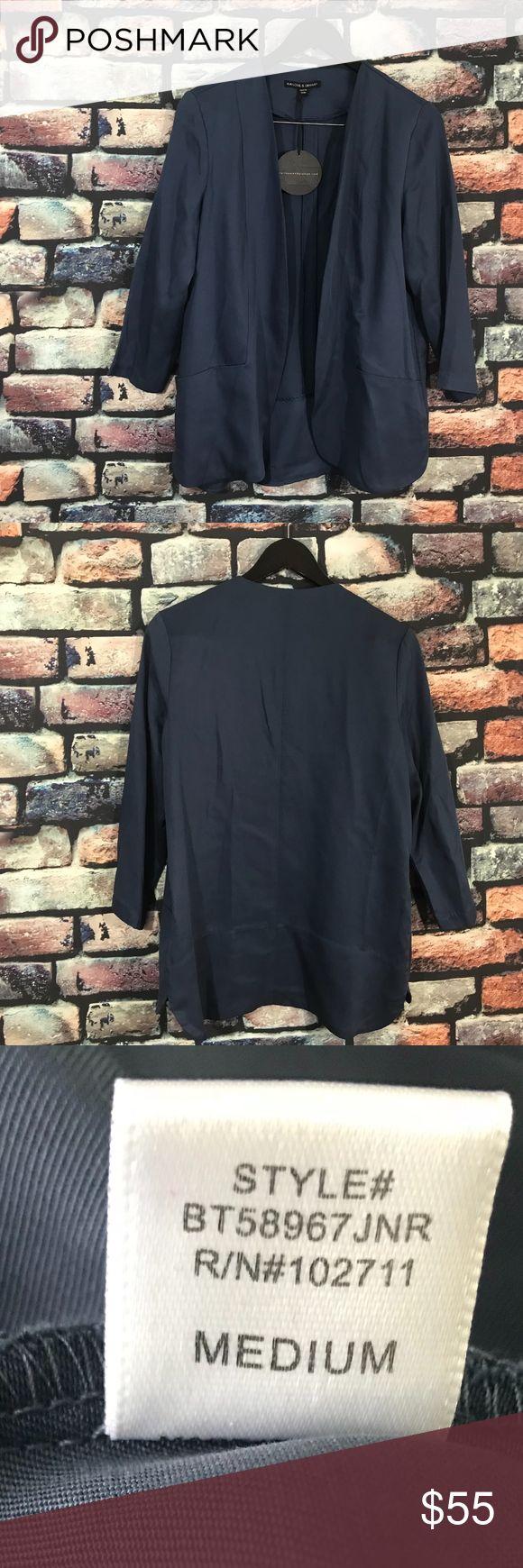 "Harlowe & Graham Curved Blazer Navy NWOT Harlowe & Graham Curved Open Front Blazer NWOT  3/4 Sleeves  Size M  Navy Blue   Armpit to Armpit- 19.5"" Sleeves- 18.5"" Length-  26.5""  pU18 Harlowe & Graham Jackets & Coats Blazers"