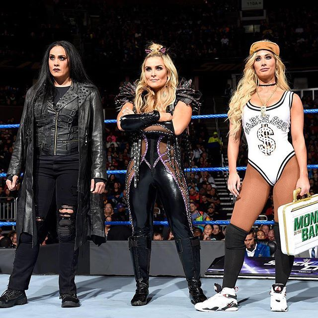 wwe The Women of #SDLive don't mess around...  2018/01/05 09:00:21