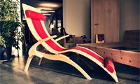 Relaxliege aus Zirbenholz