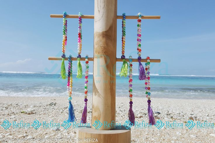 Tasbih-tasbih mutiara yang cocok untuk menemani ibadahmu sehari-hari dan bisa juga dijadikan souvenir di momen spesialmu
