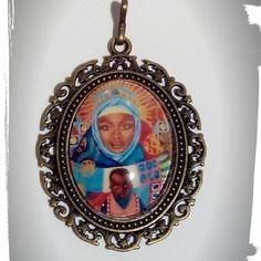 Pendentif ethnique bronze cabochon 6/5 cm verre loupe maternité africaine très coloré!