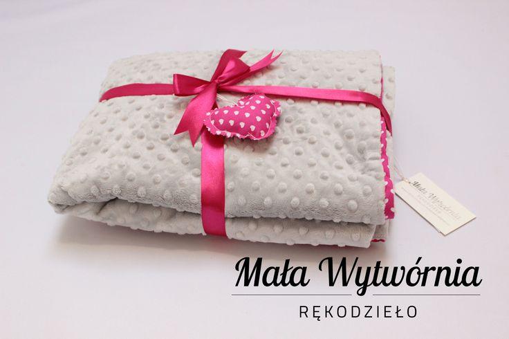 Miękki kocyk z bawełny i pluszu minky. Ręcznie wykonane w Polsce najwyższej jakości.  www.facebook.com/malawytwornia