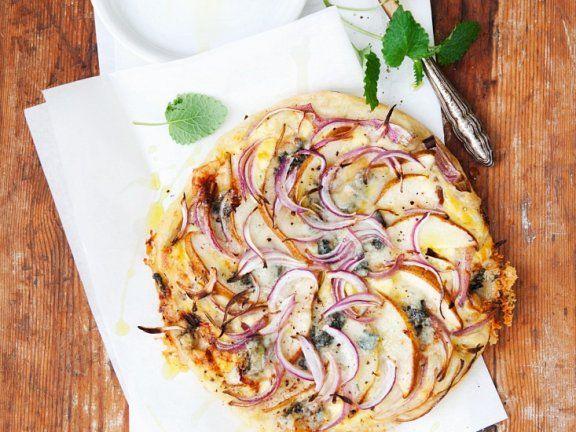 Birnen-Pizza mit Käse |