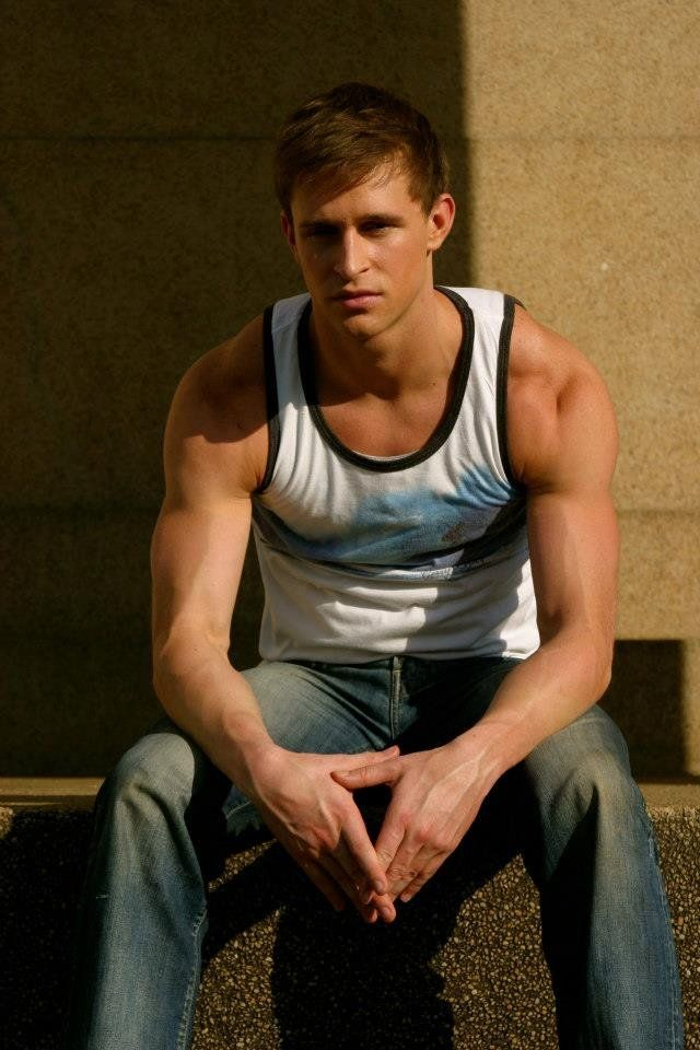 Ben Davies -- that body though..