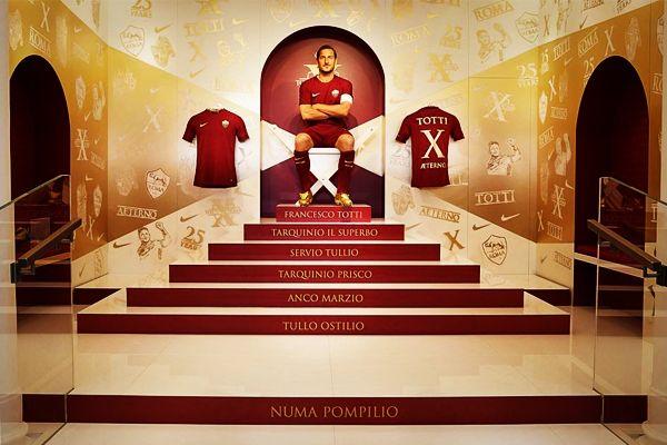 L'ultimo re di Roma - http://www.contra-ataque.it/2017/05/11/28-maggio-ritiro-totti.html