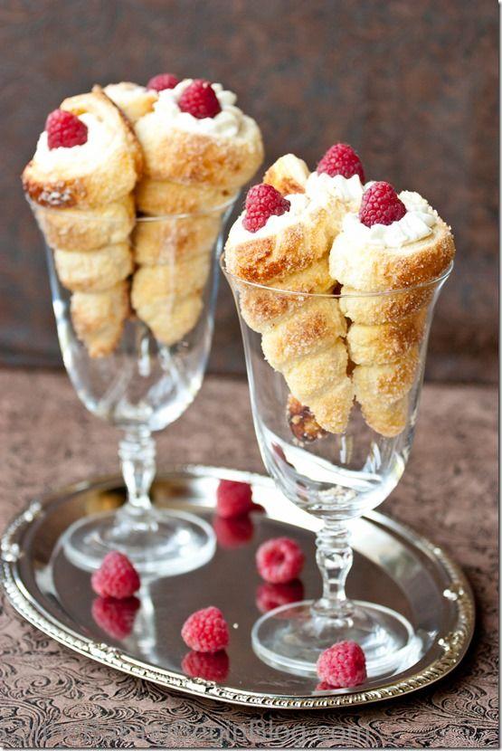Cream Horns (Trubochki).  Трубочки   #Russian_recipes #Russian_food #Russian_desserts