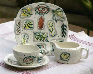Midwinter Styleware - Primavera 1954 - designed by Jessie TaitPrimavera 1954, Jessie Tait, Midwinter Favourite, Style Pinboard, Patticak Pottery, Midwinter Pottery, Fabulous Vintage, Surface Design, Midwinter Stylewar