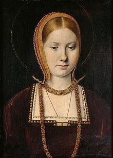 Katharina von Aragon 15.12.1485 - 7.1.1536, jüngeste Tocherter von Ferdinand II und Isabella I (Spanien). Die erste frau von Heinrich VIII König von England. Vorher war sie mit dem eigendlichen Thronfolger Arthur verheiratet, der früh verstarb. Nach diversen Totgeburten und früh verstorbenen Kindern, gebar sie Mary I. Als Anne Boleyn von Heinrich VIII schwanger war, setzte dieser den Klerus unter Druck und ließ sich scheiden. Dies markierte den Beginn der anglikanischen Kirche.