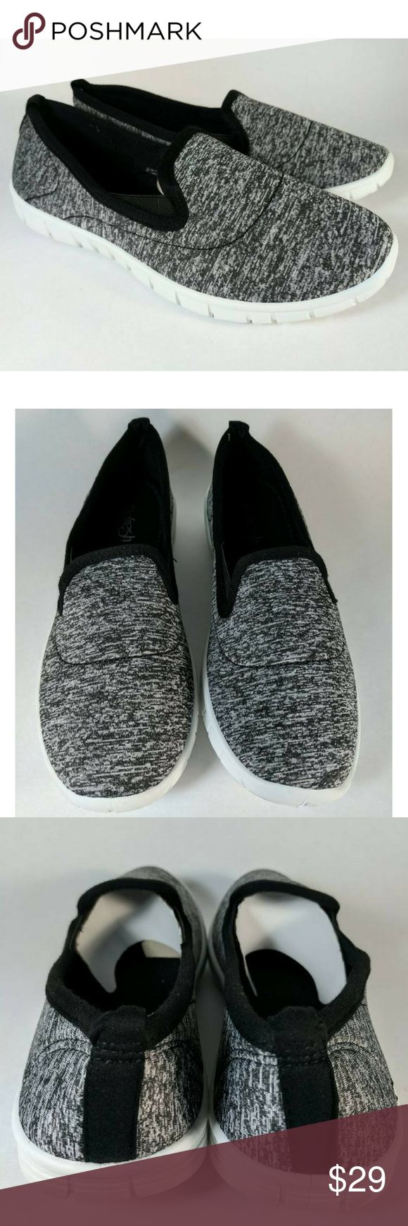 Refresh Slip On Tennis Shoes Style Jump-06 Sz 8.5M Classic look slip on tennis shoes. Heather black. Brand is Refresh. Style is Elisha-06 Size is 8.5M. They run true to size. Super soft cushion insole.  New in Box. Refresh Shoes Sneakers