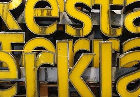 http://pinterest.com/pin/create/bookmarklet/?media=http%3A%2F%2Fcdn1.lostateminor.com%2Fwp-content%2Fuploads%2F2011%2F08%2FBuchstabenMuseum2.jpg&url=http%3A%2F%2Fwww.lostateminor.com%2F2011%2F08%2F12%2Fa-museum-of-letters-in-berlin%2F&alt=alt&title=A%20Museum%20Of%20Letters%20in%20Berlin%20—%20Lost%20At%20E%20Minor%3A%20For%20creative%20people&description=Describe%20your%20pin&is_video=false&#
