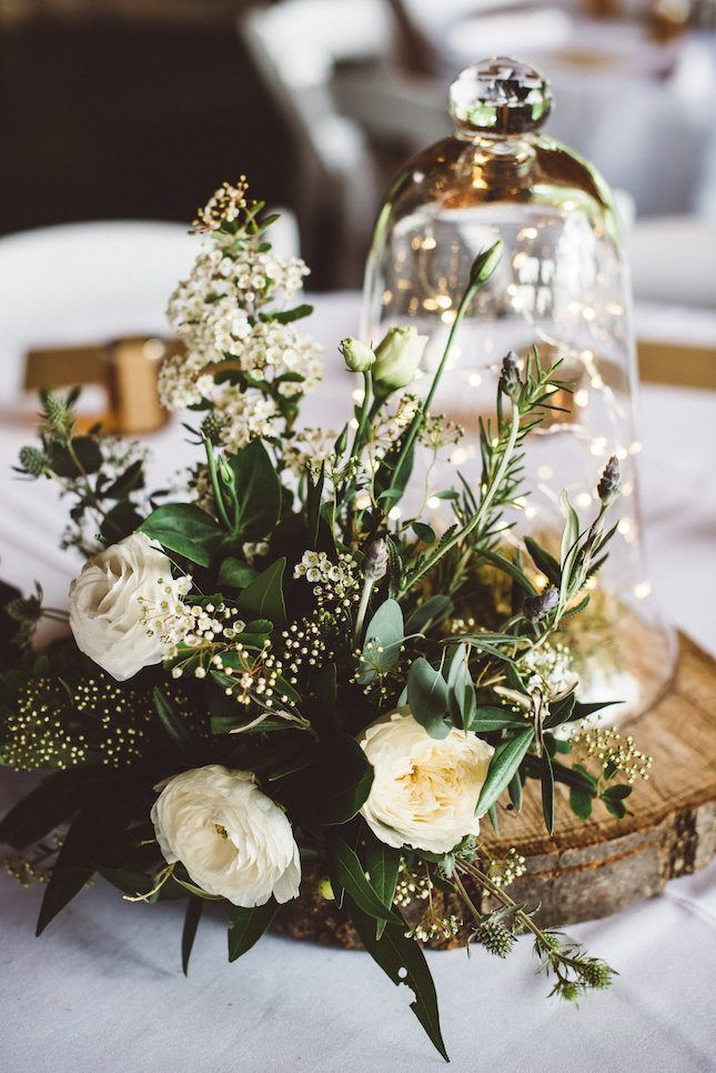 Love the neutral color palette used in this wedding decor.