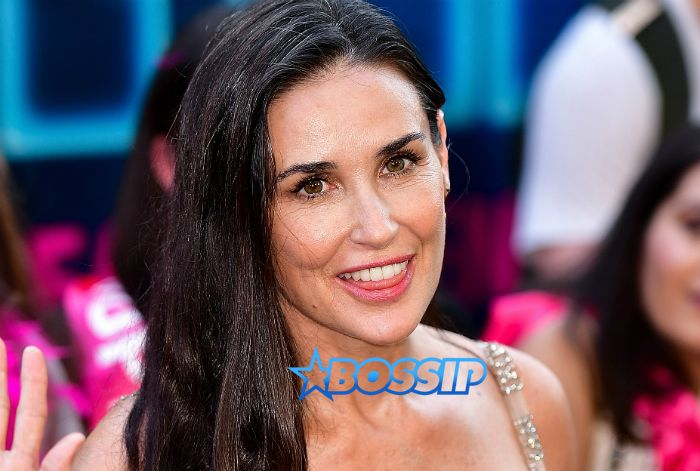 """In White Folks News: """"Stress"""" Blamed For Obliterating Demi Moore's Two Front Teeth? -  Click link to view & comment:  http://www.afrotainmenttv.com/in-white-folks-news-stress-blamed-for-obliterating-demi-moores-two-front-teeth/"""