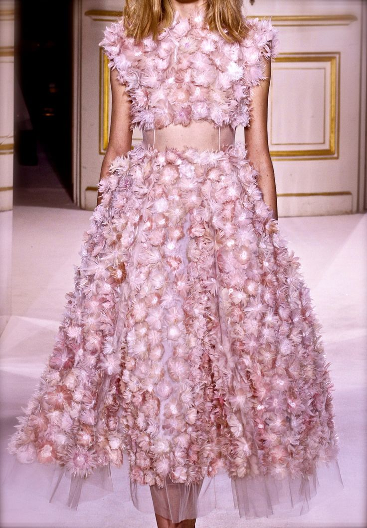 Define gorgeous 25 pinterest for Couture clothing definition