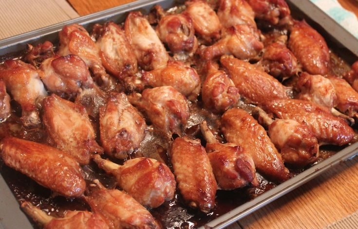 easy marinated chicken wings: Baking Chicken Wings, Cheap Meals, Chicken Recipes, Garlic Powder, Marines Chicken, Easy Marines, Soy Sauces, Chicken Wings Recipes, Large Families