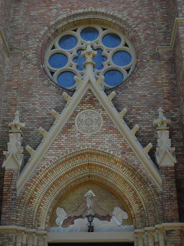 Bátaszék .Római katolikus templom. Hungary. Foto: Sípos Gyöngyi