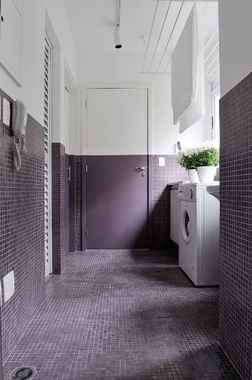 ""\ SURROUND COLOUR // You can use our 1"""" x 1"""" Elysee tile in Purple (or any of our 27 colors) and use matching paint colors to re-create this look. More info on Elysee here: http://www.mosaichse.com/mosaic91.html""368|553|?|en|2|8b6740244b8b87349c223f7ee20dc2d3|False|UNLIKELY|0.3108070194721222