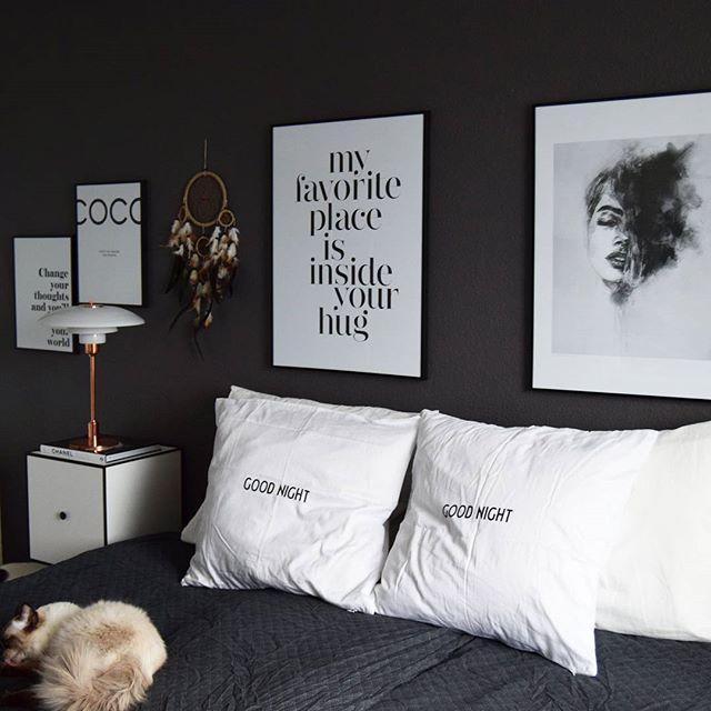 Baby Baloo er klar til at gå i seng For han glæder sig til, det snart er weekend GOOD NIGHT ✨Sweet dreams _______________________________ #mynordichome #mynordicroom #nordicdesign #nordic_homes #nordiskehjem #boligmagasinet #boligpluss #detydre #voreshjem #interiorwife100k #bylassen #frame #louispoulsen #desenio #designletters #goodnight #sweetdreams #Interior #interior123 #interior4all #inspiration #royalboligindretning #likeforlike #ragdoll #cat #godnat #bedroom #soveværelse #l...