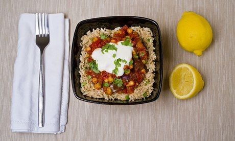 Jack Monroe's aubergine and chickpea curry – yoghurt is optional. Photograph: Sarah Lee for the Guardian