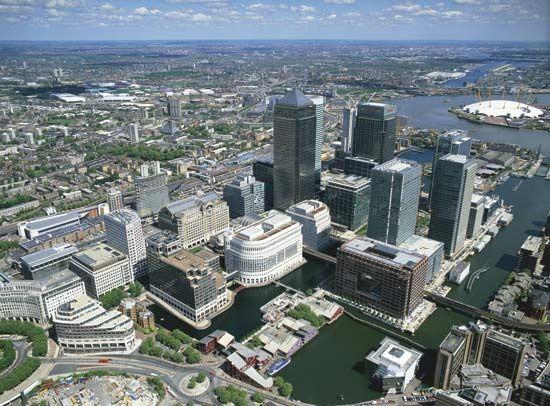 Canary Wharf | dockland area, London, United Kingdom | Britannica.com