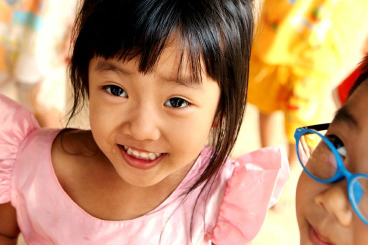 crystal eyes #VietnamSchoolTours #littlegirl
