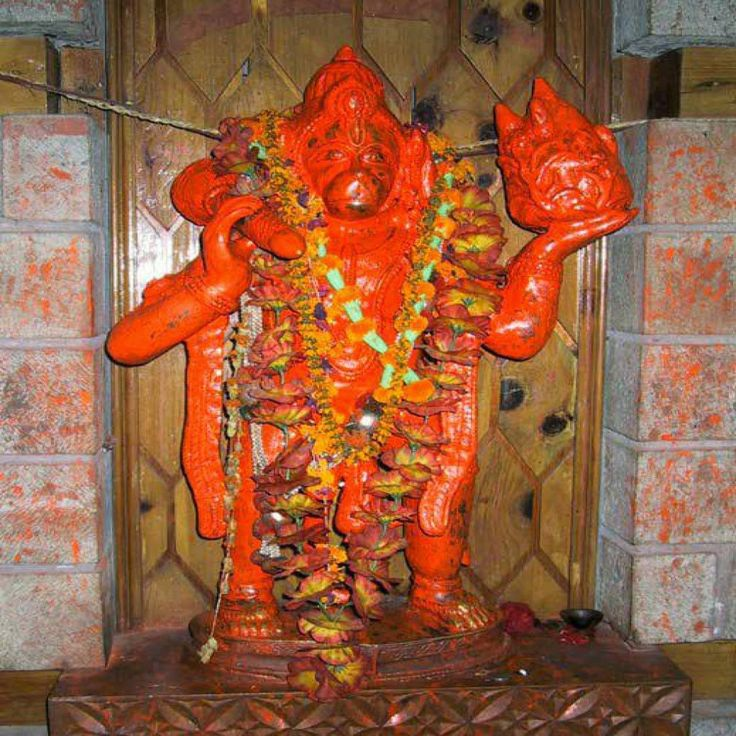 Sindoor tilak is known to have its prominence in Hindu culture as whoever does abhishek with sindhoor to Hanuman and apply as a tilak on his forehead they will be blessed with lord Ram.