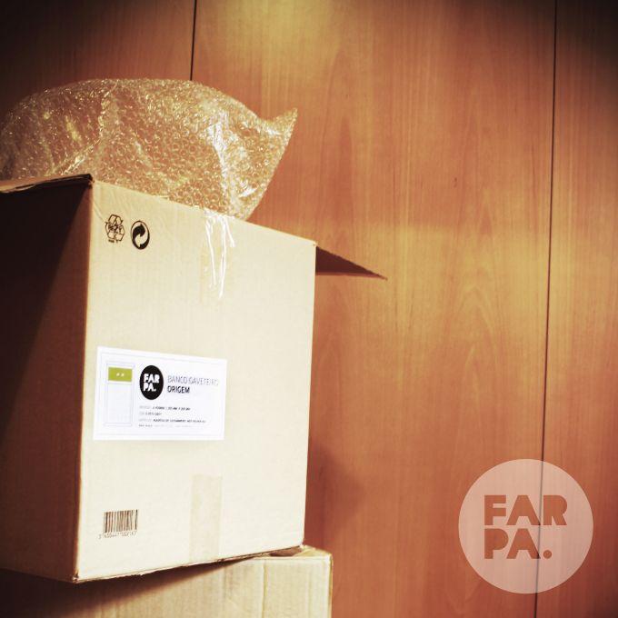 Encomendas #farpa #box #paper #wood