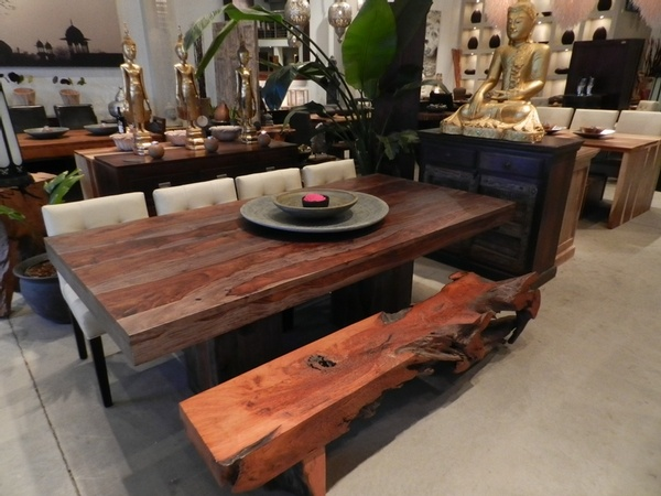 rosewood table from artemano...